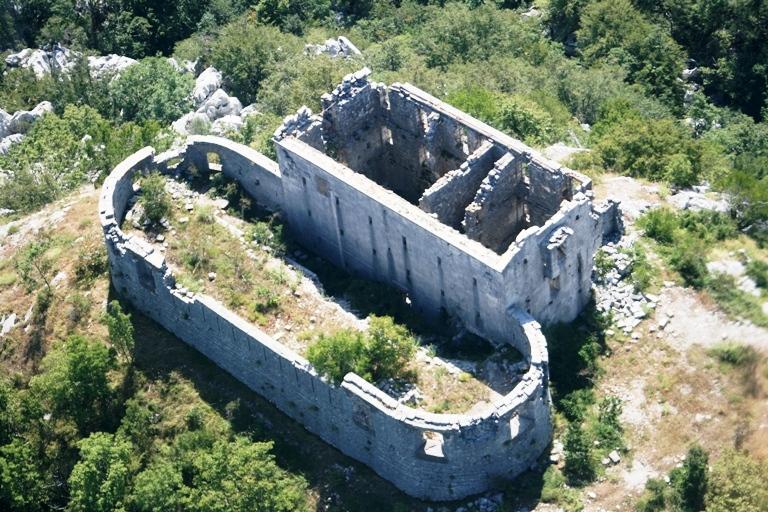 Ttvrđava Kom, Foto: Jasna Gajević